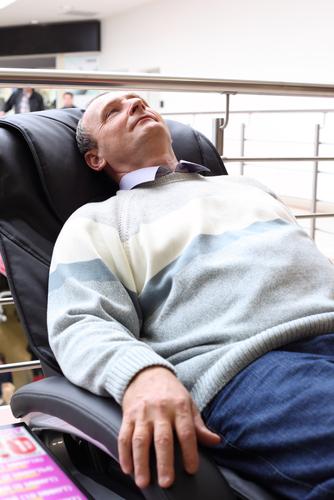 Mit elektrischen Massagegeräten entspannen
