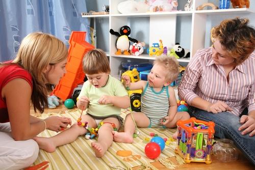 Kinder sollten ihre Spielzeuge erreichen können
